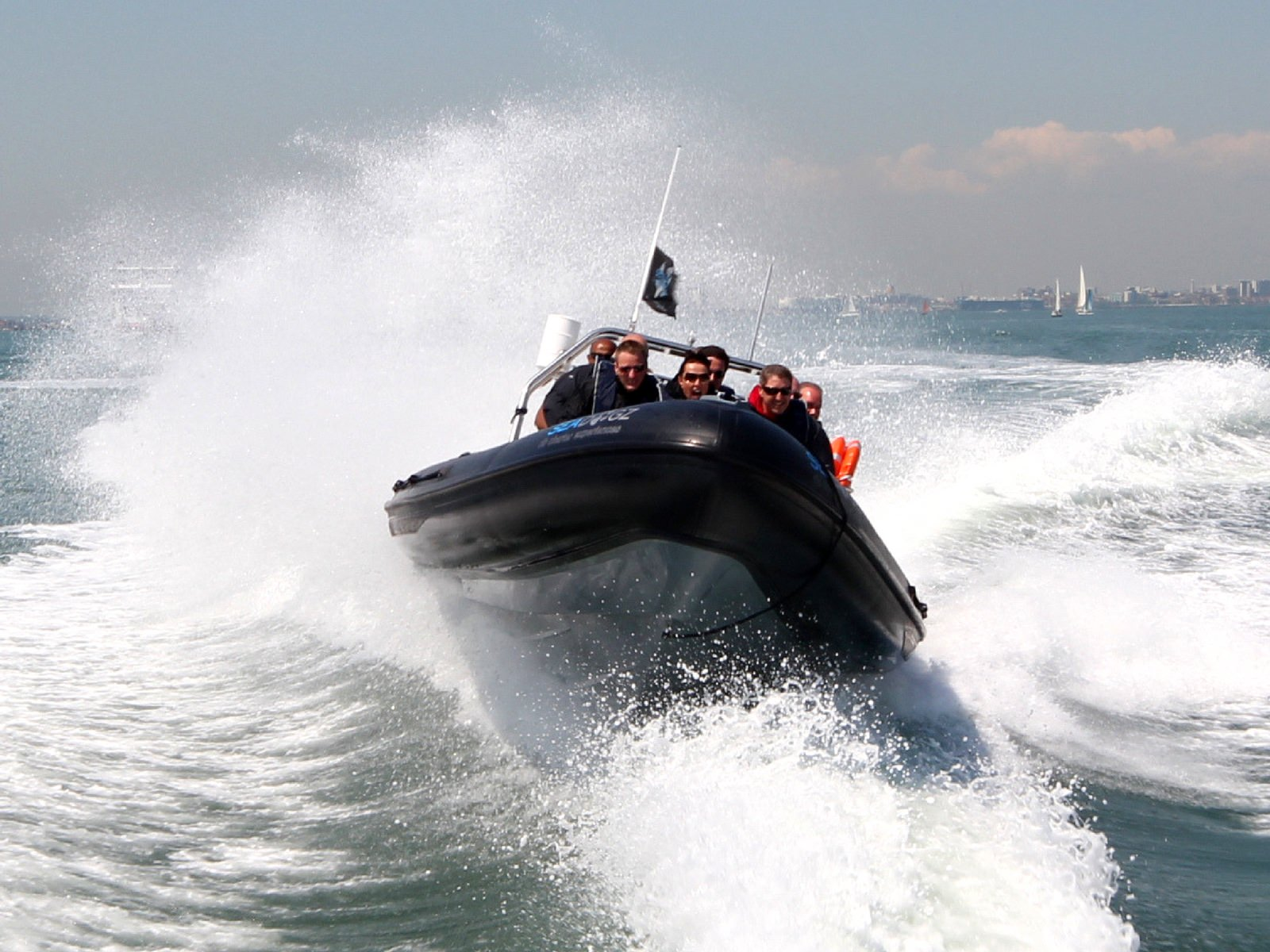 Rib experience days on the solent